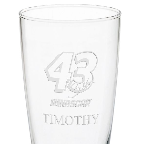 Bubba Wallace 20 oz Pilsner Glass - Image 3
